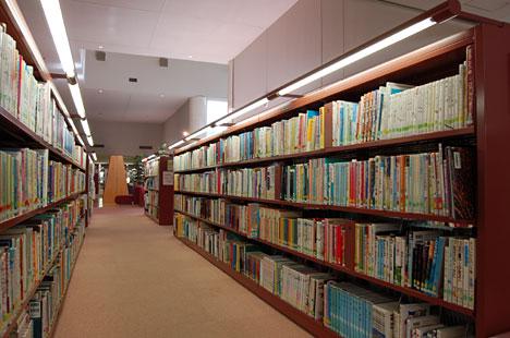 秋田市立中央図書館・明徳館